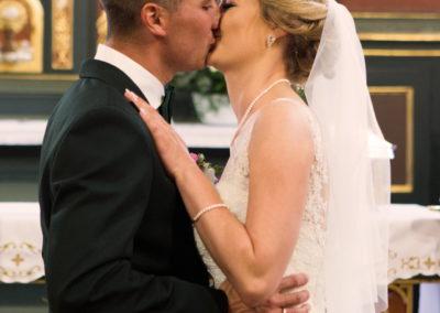 14 pocałunek na slubie