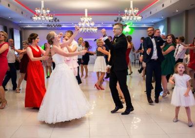 341 zabawa na weselu
